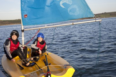Children-sailing-mylor