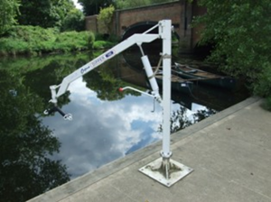 Mylor hoist for transferring to boat