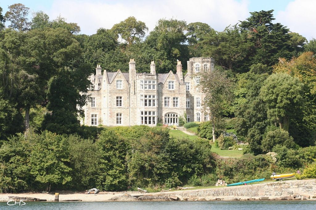 Greatwood Guest House taken from across the Fal showing the grand house and quay